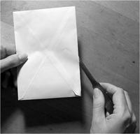 Нас барсан охин өөртөө сэтгэл хөдлөгөм захиа бичиж үлдээжээ