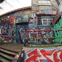 30 жилийн турш Graffiti зурсан байшингийн хана