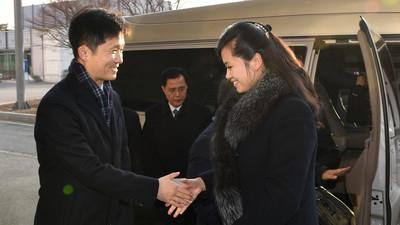 """Ким Чен Уны """"цаазалсан"""" бүсгүй Сөүлд хүрэлцэн иржээ"""