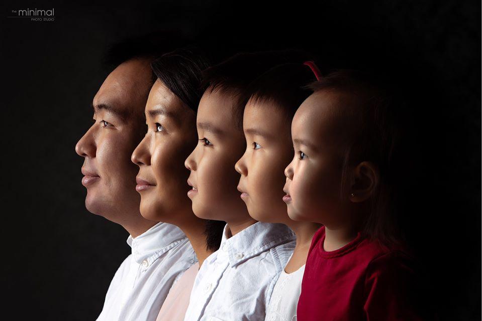 ХарТөөгөө буюу Б.Төгөлдөрийн гэр бүл
